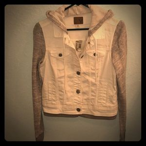 American Eagle off white and grey denim jacket M